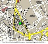 Cerchio centrale: centro della distanza minima da tutti i punti rappresentati. Fonte: Mario Boffi, Scienza dell'Informazione Geografica, Bologna, Zanichelli, 2004.