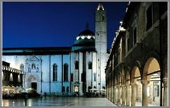 Ascoli Piceno, Piazza del Popolo (iGuzzini)