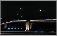 Illuminazione di un ponte a Glasgow, UK (Philips)