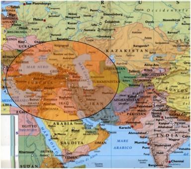 La Turchia pivot tra Africa, Europa ed Asia Elaborazione Nicolino Castiello  da fonte: Nuovissimo Atlante del Touring Club Italiano, 2001