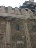 Siracusa. Ortigia. Particolare della facciata laterale della Cattedrale nel Tempio greco di Attena (foto dell'a. 2005).