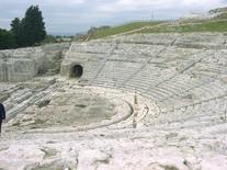 Siracusa. Neapoli. Il Teatro greco (foto dell'a. 2005).