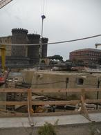 Napoli. La messa in luce della cinta muraria tardo quattrocentesca della cittadella intorno  Castelnuovo e il torrione dell'Incoronata ( foto dell'a. 2011)