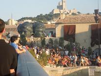 Il riuso per il pubblico dei vasti spazi all'aperto del Forte Sain Jean sul panorama de la Madonna de la Garde (foto dell'a. 2013).