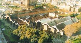 Barcellona i grandi arsenali reali in una foto aerea.