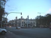 Barcvellona. La Dogana Grande restaurata  nella piazza che si apre sul porto vecchio (foto dell'a. 2009).