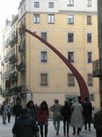 Barcellona. Spazi pubblici, strade e piazze dei quartieri mercantili recuperati ad uso pedonale con nuovo arredo urbano (foto dell'a. 2009).