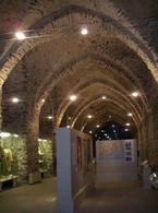 Amalfi (Campania). Gli arsenali medievali oggi Museo della Bussola e di storia della repubblica marinara (foto dell'a. 2012).