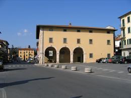Monsummano Terme (Toscana). Museo con  esperienze innovative in grado di mettere in luce le molteplici qualità dell'interazione fra popolazione e ambiente (foto dell'a. 2011).