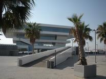 Valencia città porto. L'edificio Veles y Ventes (foto dell'a. 2010)