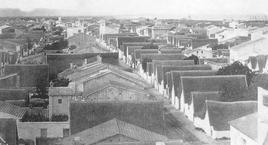 Valencia il quartiere del Cabanal con architettura vernacolare oggi in discussione per la sua conservazione o demolizione (da Alvaro Gomez Ferrer,…cit. 2013)