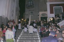 Capri (Campania). La processione religiosa del Santo patrono San Costanzo attiva fin dal Cinquecento,  in partenza dalla Cattedrale (foto dell'a. 2009)