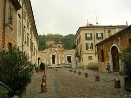 Brescia romana nella città storica odierna (foto dell'a. 2006).