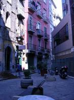 Napoli. Borgo Orefici. Quartiere mercantile e artigiano (foto dell'a. 2008).