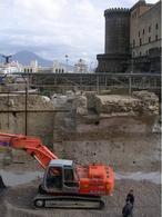 Napoli. Le difese intorno Castelnuovo nei recenti scavi archeologici per la stazione della Metropolitana a piazza Municipio (foto dell'a. 2008).