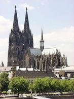 Il duomo di Colonia patrimonio dell'umanità tutelato dall'UNESCO. Fonte: Wikipedia