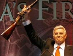 Charlton Heston, ex presidente della NRA