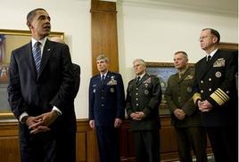 La prima visita al Pentagono di Barack Obama