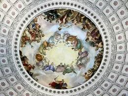 L'apoteosi di George Washington, dipinto nella cupola dal Brumidi. Fonte: Wikipedia