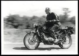 Wright Mills (foto Yaroslava Mills). Dopo la morte, fu considerato ispiratore dei movimenti del '68