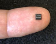 Accelerometro in tecnologia MEMS.