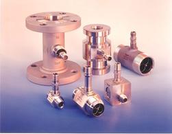 Esempi di sensori a turbina commerciali.