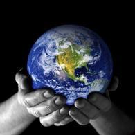 Il mondo nelle nostre mani.Fonte: Legambiente