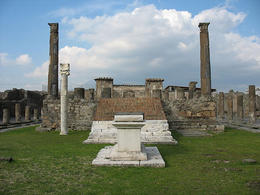 Pompeii, Temple of Apollo. (Image supplied by the author)