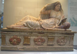 Sarcophagus of an Etruscan matron, British Museum, London. (Image supplied by the author)