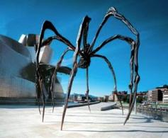 Louise Bourgeois, Maman, 1999. Fonte:  Miss creative classy