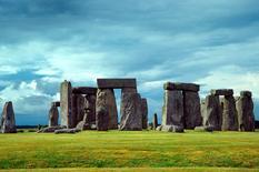 Esempi di costruzioni megalitiche: Stonehenge. Fonte: Wikimedia Commons