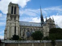 Notre-Dame, Parigi – 1163-1250. Fonte: foto R. Landolfo