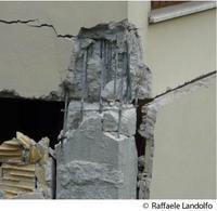 Collasso del nodo trave-pilastro (L'Aquila)