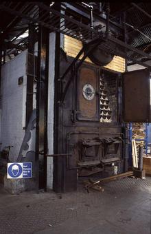 Generatori di vapore a tubi d'acqua di piccola potenzialità. Immagine da Wikimedia commons