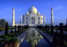 Taj Mahal mausoleum,1631-48, Mughal (India) (from UNESCO).