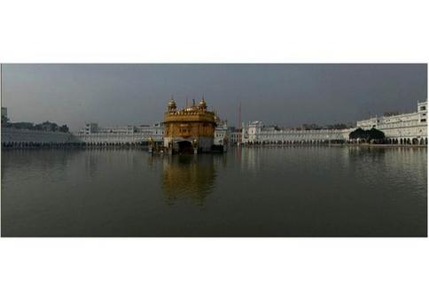 Pool of Immortality, Golden Temple, XVI century, Amristar (India). from: World Heritage Tour.