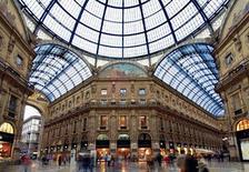 Milano, il primo negozio Prada in Galleria Vittorio Emanuele II. Fonte: Wikimedia Commons