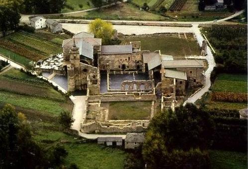 Monastero di Santa Maria de Carracedo (arch. S. Perez Arroyo e S. Mora Munoyerro), veduta aerea