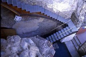 Monastero di Santa Maria de Carracedo. Una scala d'ingresso, 2005