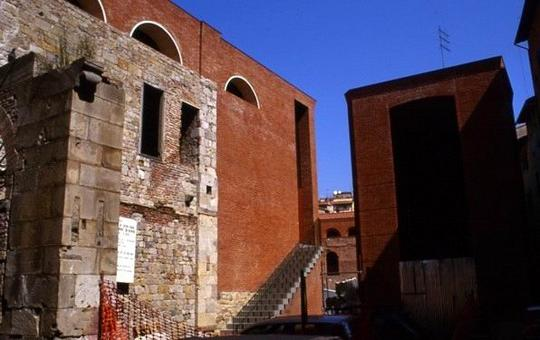 M. Carmassi, San Michele in Borgo a Pisa, 2002