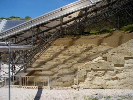 Eraclea Minoa, teatro, la nuova struttura di protezione della cavea, 2002