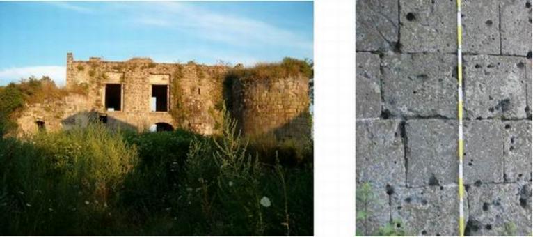 Calvi Risorta, castello di Cales, muratura in blocchi squadrati di tufo grigio