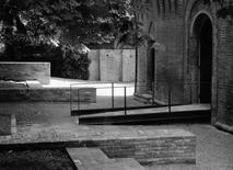 Parma, rocca di Noceto. La passerella di accesso, sistemazione di Paolo Zermani