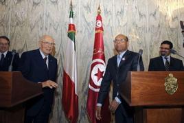 Giorgio Napolitano con il capo di Stato tunisino Moncef Marzouki il 17 maggio 2012. Fonte: Quotidiano Lettera 43