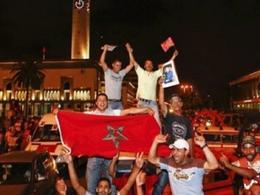 Giubilo popolare per l'approvazione della nuova costituzione marocchina
