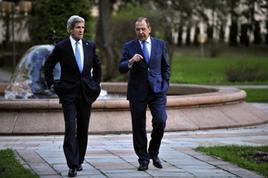 Il segretario di Stato americano Kerry e il ministro degli Esteri russo Lavrov a Ginevra