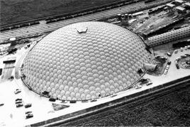Cupola della Union Tank Car Company a Baton Rouge. Architetto Richard Buckminster Fuller