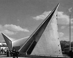 Il padiglione Philips all'Expò di Bruxelles, 1958. Architetto: Le Corbusier