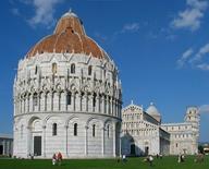 La Piazza dei Miracoli a Pisa (foto di Manfred Heyde da   Wikimedia Commons).