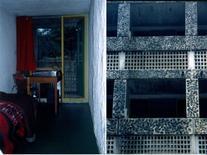 """La cella. """"Bugnato rustico"""", con piccoli ciottoli di fiume nel cemento, nei fronti delle logge delle celle."""